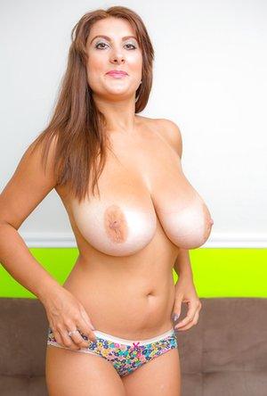 Old Tits Pics