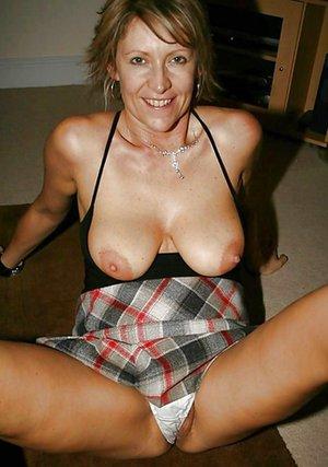 Big Moms Tits Pics