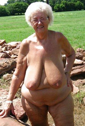 Big Breasted Girls Pics