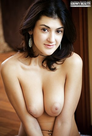 Nude Perfect Tits Pics