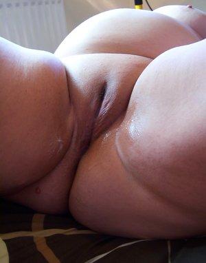 Nude Plumper Girls Pics