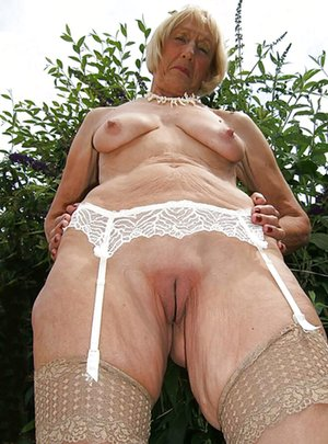 Nude Big Boobies Pics