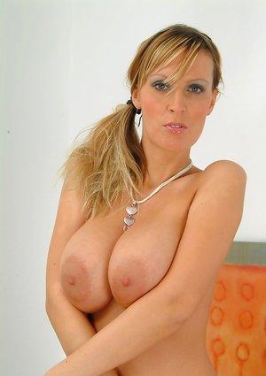 Nude Big Nipples Pics